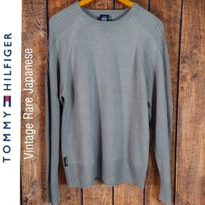 Vintage Rare Gray crew neck sweater by Tommy